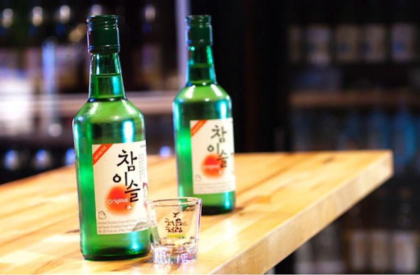 Soju américain une autre bouteille de soju que la traditionnelle coréenne